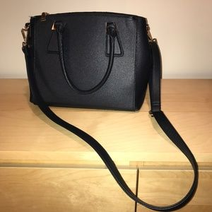 🎀 3 FOR $25 🎀 NWOT Large Navy Purse